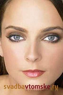 видео-уроки макияжа глаз на русском.